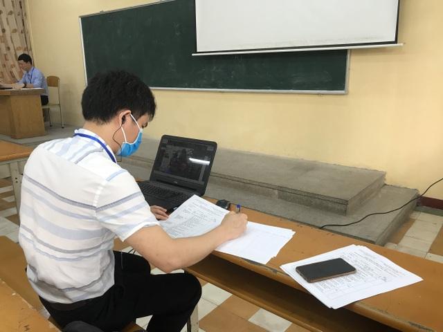 Hơn 200 hội đồng Bách khoa Hà Nội phỏng vấn online 2000 thí sinh tài năng - 4