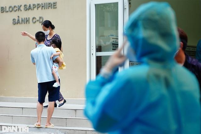 TPHCM: Sẽ lấy mẫu xét nghiệm 6.000 cư dân chung cư SunView Town tới hết đêm - 13
