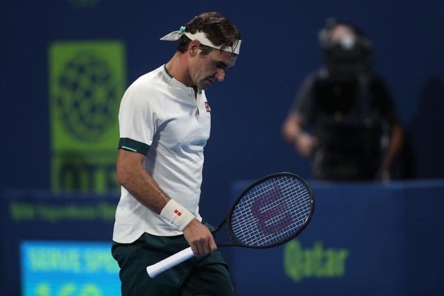Federer bất ngờ trở lại sân đất nện trước thềm Roland Garros - 1