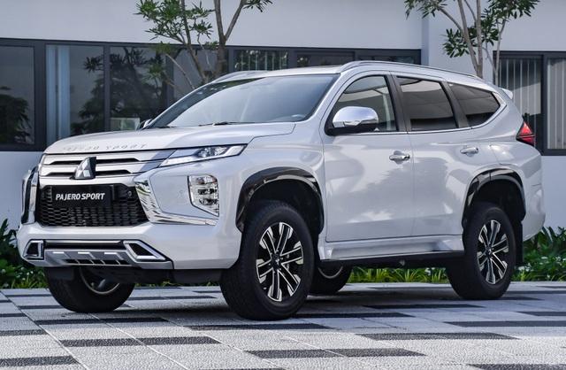 SUV cỡ D ngày càng đắt đỏ, người Việt cắn răng mua vì ham công nghệ - 4