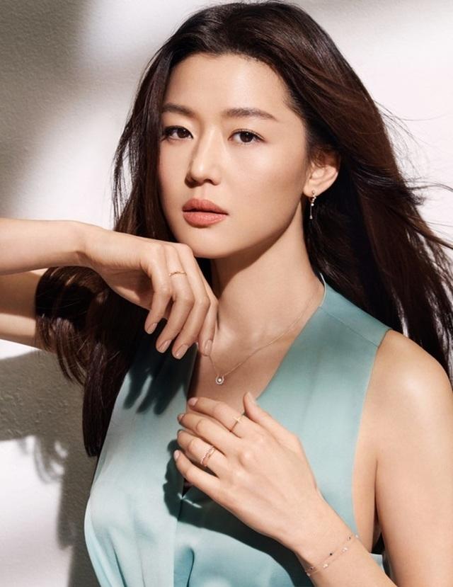 Top 9 diễn viên nhận cát-sê khủng nhất Hàn Quốc - 2