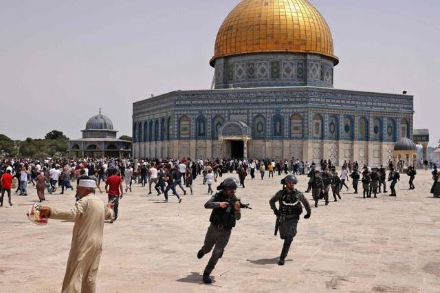 Người Israel - Palestine tiếp tục đụng độ sau lệnh ngừng bắn - 1