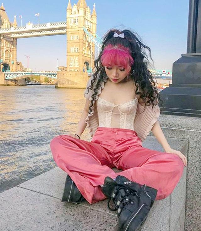 Nữ du học sinh Việt tại Anh quốc gây sốt với gu thời trang cá tính - 7
