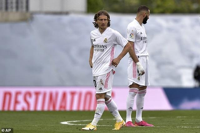 Atletico lên ngôi vô địch La Liga, Real Madrid cay đắng về nhì - 15