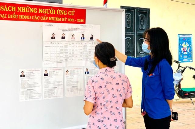Thanh niên Thủ đô hăng hái ra quân hỗ trợ các điểm bầu cử - 10