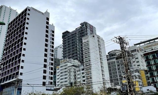 Bỏ gần 200 tỷ đồng xây khách sạn, 2 năm bán lỗ 100 tỷ đồng vẫn ế - 1