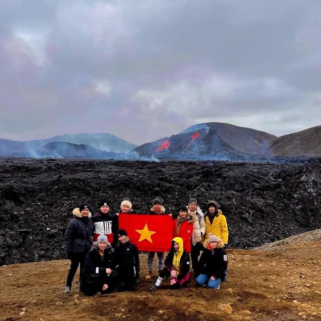 Núi lửa 6.000 năm mới phun trào được… rao bán - 3