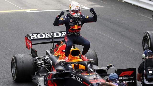 Sao đổi ngôi trên đường đua Monaco, nhà vô địch thua trắng - 10