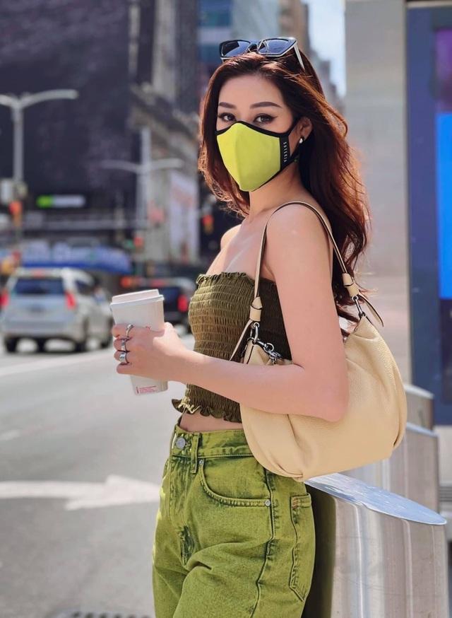 Hoa hậu Kỳ Duyên táo bạo với mốt diện bra hờ hững