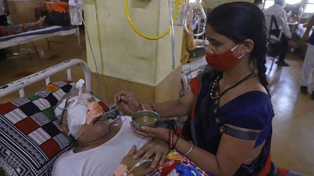Bác sĩ Ấn Độ cảnh báo sốc về dịch nấm đen giữa dịch Covid-19 - 1