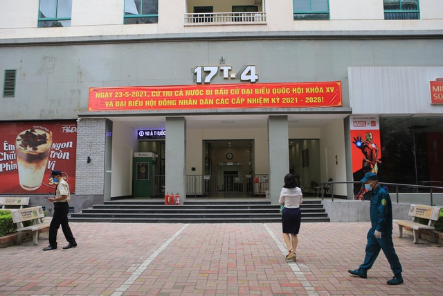 5 chung cư ở Hà Nội bị phong tỏa trong một ngày - 2