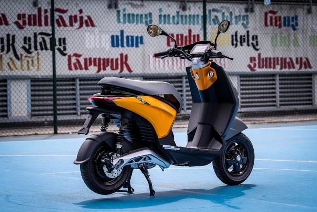 Hé lộ hình ảnh xe máy điện Piaggio One - 2