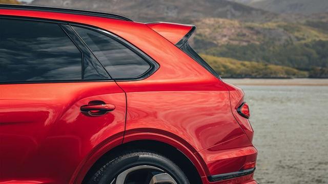 Bentley giới thiệu Bentayga S làm chân chạy cho nhà giàu - 11