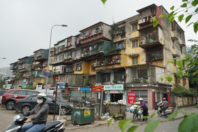 Cải tạo chung cư cũ: 2 thập kỷ vẫn giậm chân tại chỗ, người dân sống trong bất an - 1