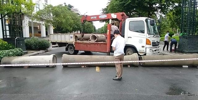 TP Bắc Ninh xếp gạch, bê tông, dàn hàng ô tô chốt cứng mọi ngả đường - 7