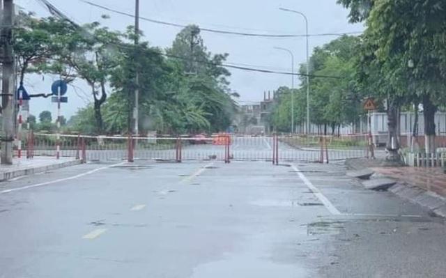 TP Bắc Ninh xếp gạch, bê tông, dàn hàng ô tô chốt cứng mọi ngả đường - 6