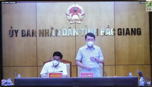 Chủ tịch Bắc Giang khẳng định vải thiều an toàn, người dân yên tâm sử dụng - 1