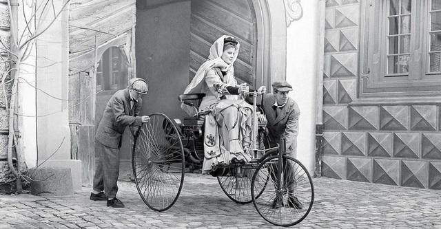 Giấu chồng đi thử xe, người phụ nữ đã làm thay đổi lịch sử ô tô thế giới - 2
