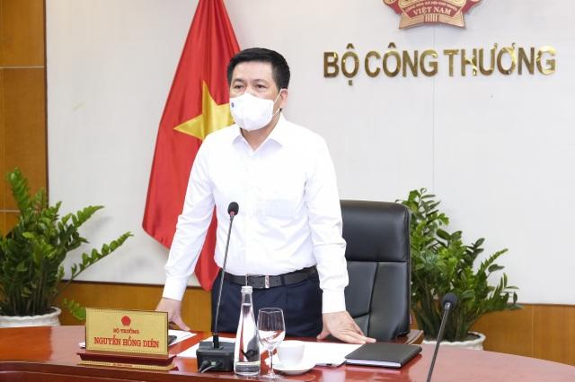 Chủ tịch Bắc Giang khẳng định vải thiều an toàn, người dân yên tâm sử dụng - 2