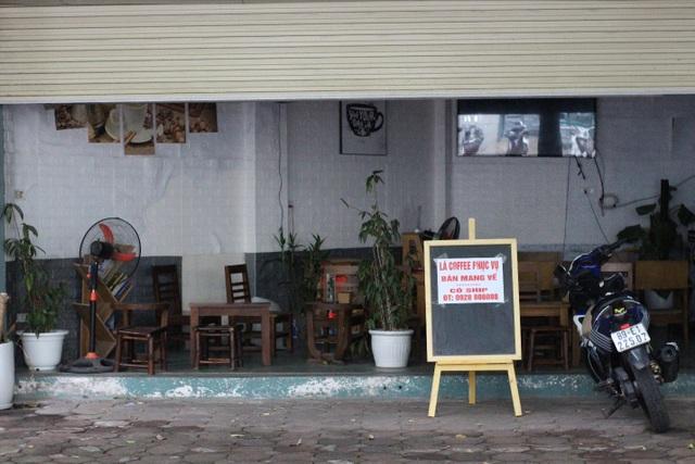 Quán cà phê đặt biển chỉ bán mang về, đóng cửa phòng dịch Covid-19 - 5