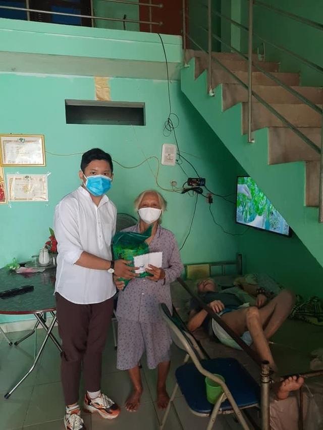 Nam sinh Đà Nẵng 2 lần tình nguyện vào khu cách ly - 1