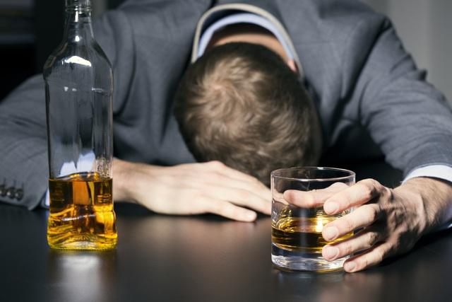 Biện pháp quan trọng nhất để chữa bệnh gan do bia rượu - 1