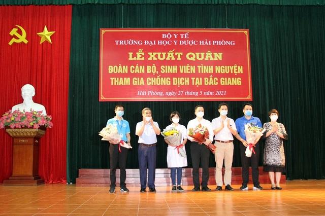 Hàng trăm sinh viên trường Y xuất quân chi viện tới Bắc Giang, Bắc Ninh - 6