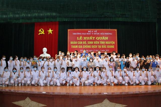 Hàng trăm sinh viên trường Y xuất quân chi viện tới Bắc Giang, Bắc Ninh - 7