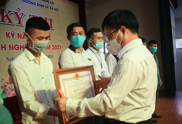 Trao 4 giải Nhất tại kỳ thi kỹ năng nghề tỉnh Nghệ An năm 2021 - 3