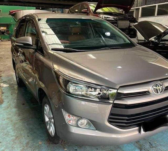 Hình ảnh xe Toyota Innova nát tươm được hồi phục như mới gây ngỡ ngàng - 2