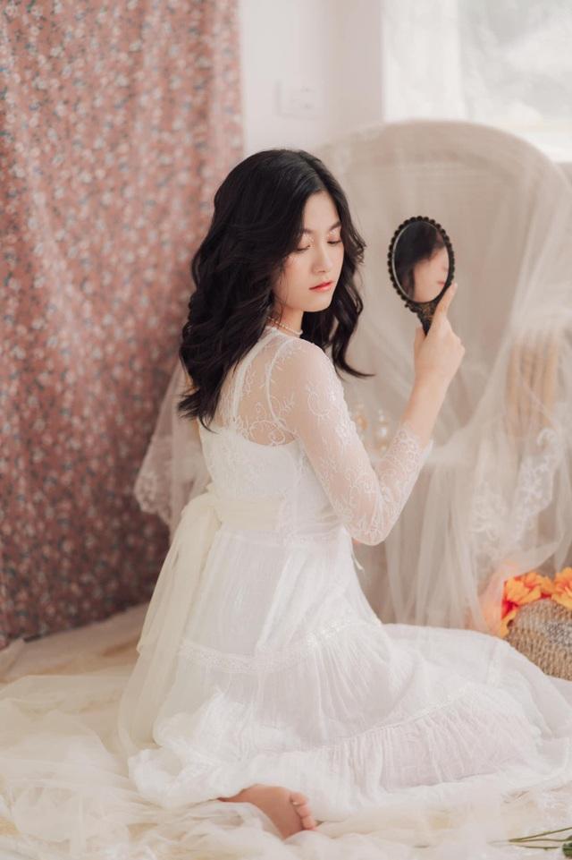 Lớp phó văn nghệ ở Hà Tĩnh gây sốt với vẻ đẹp ngọt ngào - 7