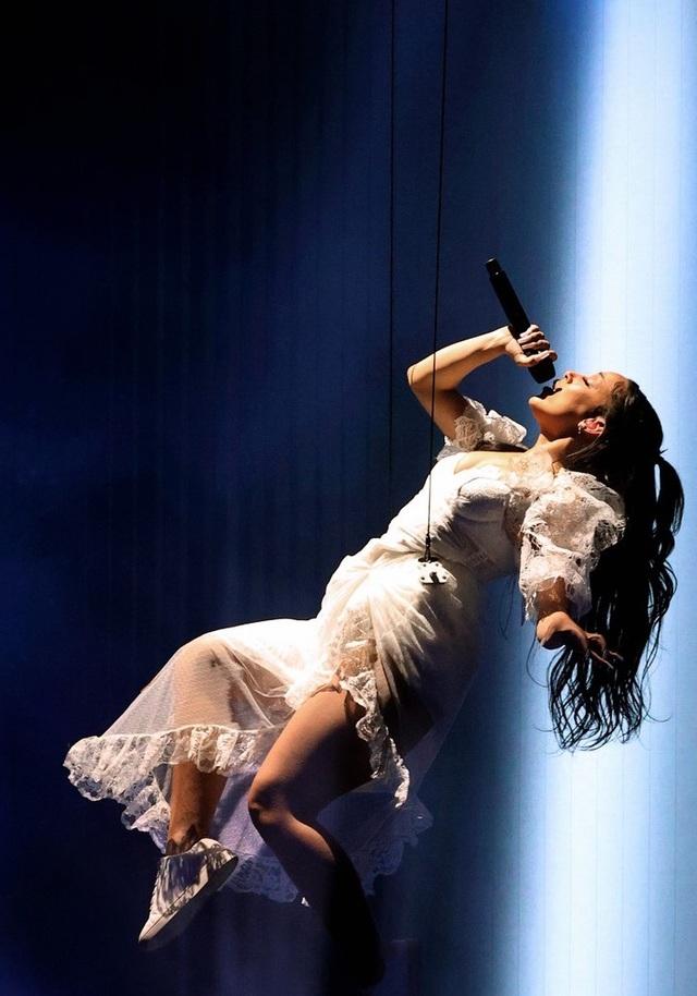 Megan Fox và Doja Cat bốc lửa dự lễ trao giải âm nhạc của Mỹ - 22