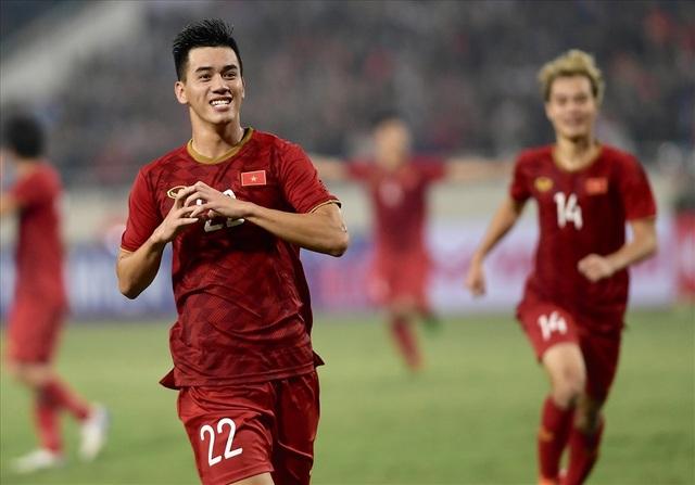 AFC chọn Tiến Linh là chìa khóa chiến thắng của đội tuyển Việt Nam - 2