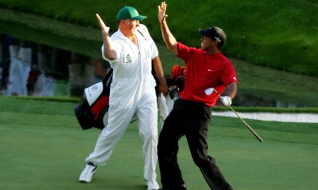 Mức thu nhập hàng triệu USD của caddie golf nhà nghề - 2