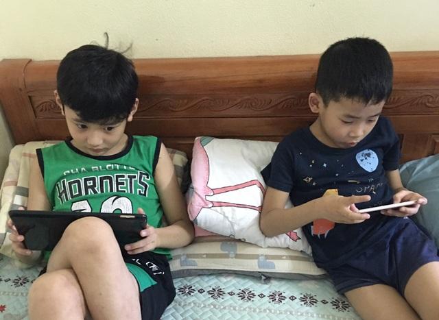 Cha mẹ cần trang bị kỹ năng để con trẻ sử dụng internet an toàn và hiệu quả - 1