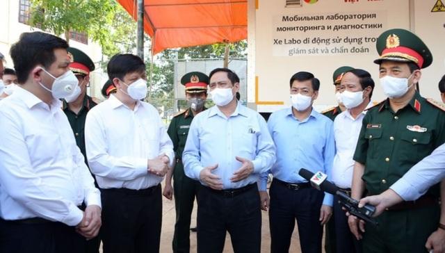 Thủ tướng: Một mình Bắc Giang không thể chống đỡ được dịch bệnh! - 3