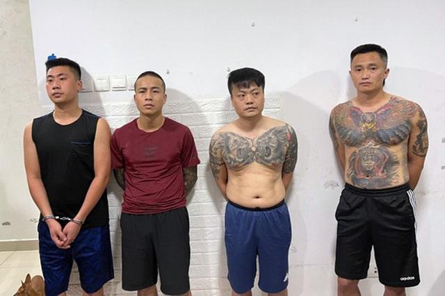 Hà Nội: Trốn nã tội giết người còn mở tiệc ma túy trong chung cư - 1