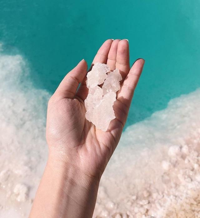 Cảnh tuyệt đẹp tại hồ nước mà người không biết bơi... cũng nổi - 5