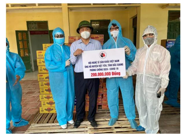 Tuấn Hưng, Tùng Dương kêu gọi ủng hộ gần 2 tỷ đồng cho Bắc Ninh, Bắc Giang