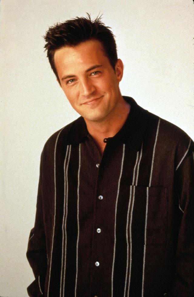 Dàn diễn viên toàn sao của show truyền hình ăn khách Friends sau 17 năm - 14