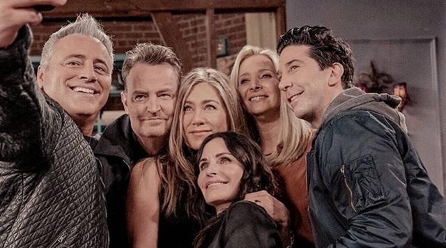 Dàn diễn viên toàn sao của show truyền hình ăn khách Friends sau 17 năm - 3