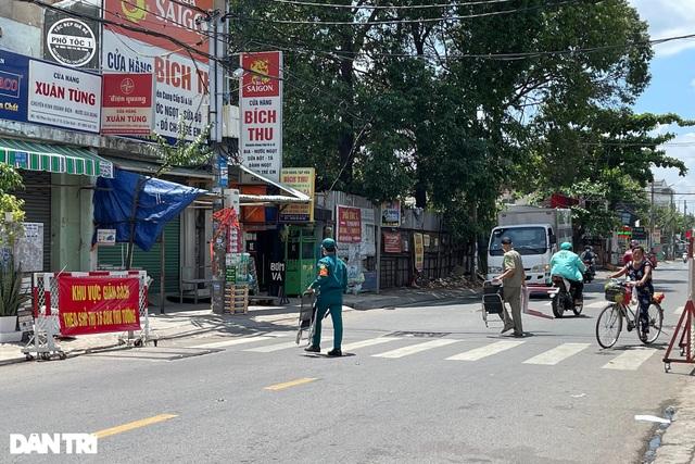 TPHCM: Quận Gò Vấp tạm thời giải tỏa các chốt kiểm soát - 1