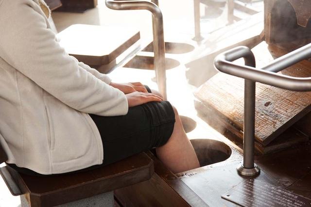 Bồn ngâm chân nước nóng giúp làm đẹp da ở Nhật Bản - 4