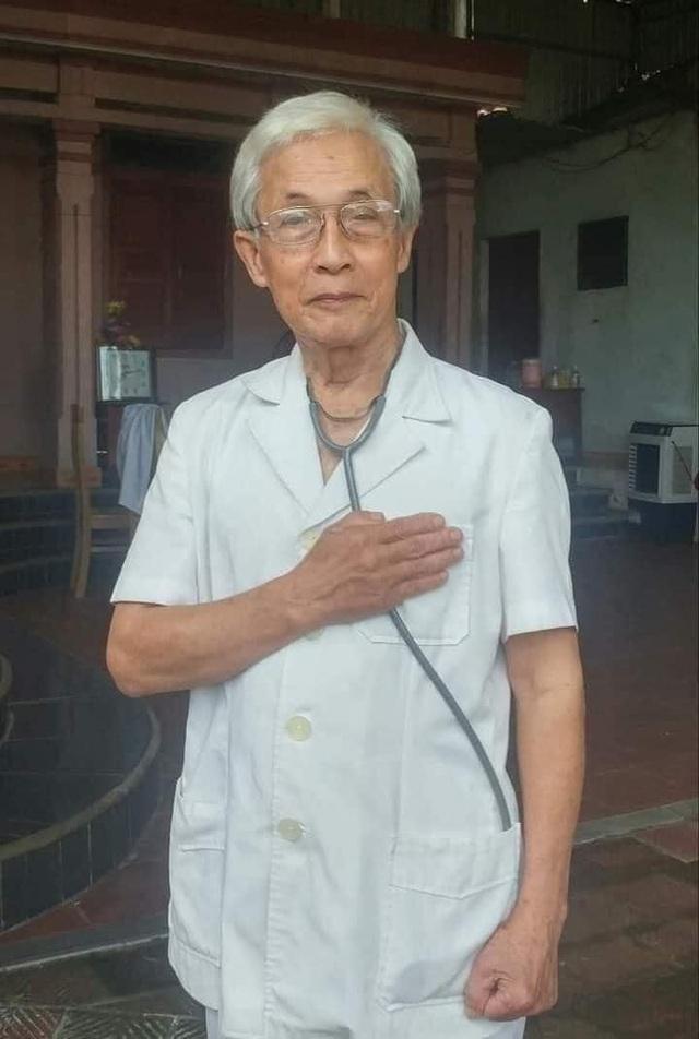 Xúc động lá đơn xin vào tâm dịch Covid-19 của bác sĩ 78 tuổi - 1