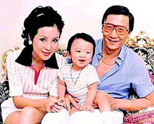 3 mỹ nhân khiến vua sòng bạc mê đắm nhưng không thể lấy làm vợ