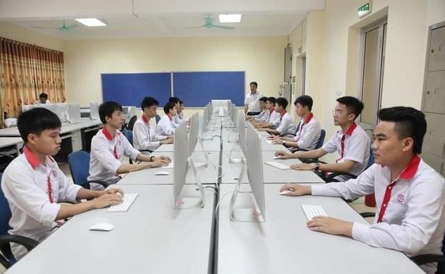 Nam sinh hệ đào tạo 9+ đạt 7.5 IELTS: Mơ ước thành lập trình viên - 2