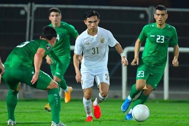 Choáng váng vì thua đậm, đội tuyển Thái Lan lộ điểm yếu chí tử? - 2