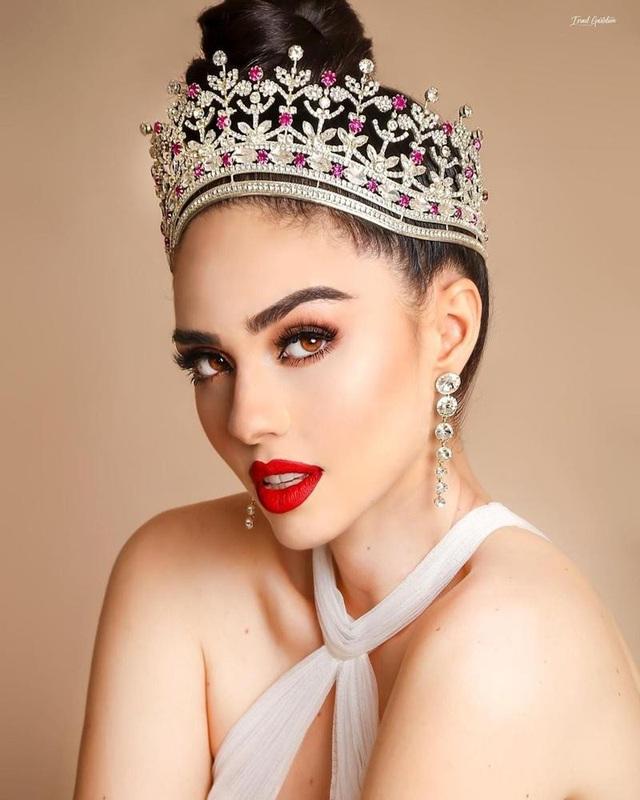 Nhan sắc bốc lửa và kiêu sa của tân Hoa hậu Hoàn vũ Mexico - 4