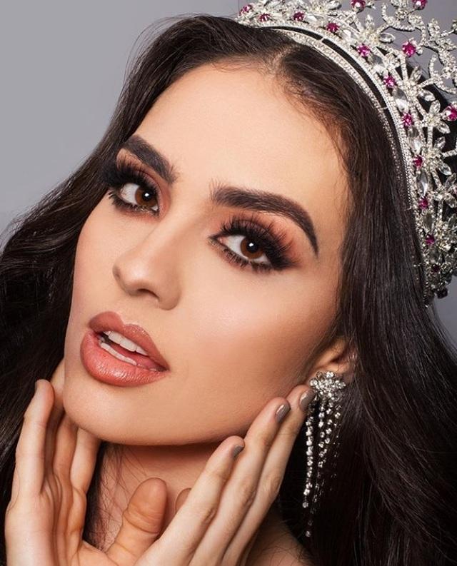 Nhan sắc bốc lửa và kiêu sa của tân Hoa hậu Hoàn vũ Mexico - 7