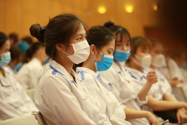 300 sinh viên Trường Cao đẳng Y tế Bạch Mai hỗ trợ Bắc Giang chống dịch - 7